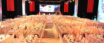 Veranstaltung groß Firmenfeier Dinner Gala Catering