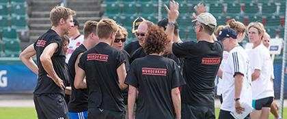 Baseball spielen Incentive challengen Team sport aktive Donauevents Martin helmig Trainer