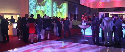 Beleuchtung Konzept Firmenfeier Doanuevent Event Tanzfläche Tanzen Musik Catering